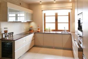 Pomimo niewielkiego rozmiaru, w każdej kuchni można uzyskać stylowy efekt